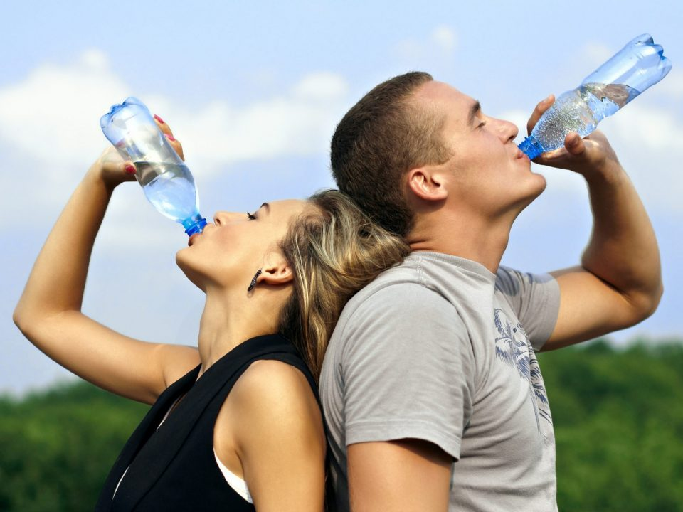 6 Easiest Ways to Drink More Water